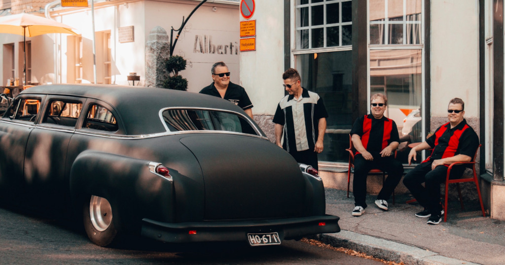 Pekka Tiilikainen & Beatmakers tehovireessä: uusi albumi purkkiin alle kuudessa tunnissa